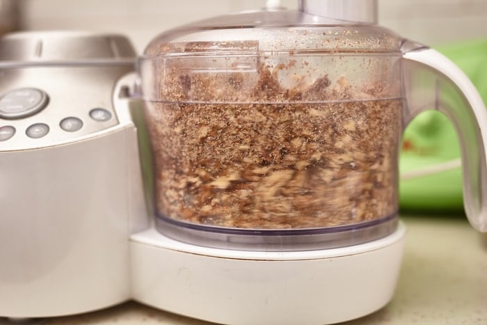 Top 5 Quiet Food Processors [Reliable & High-Quality]