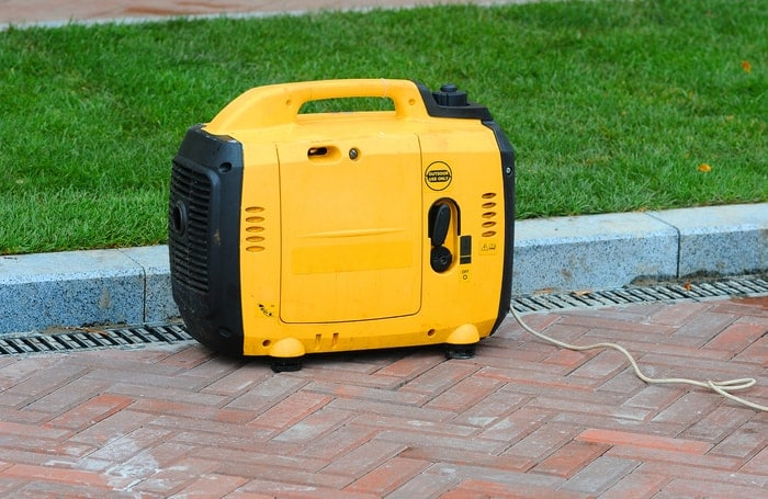 quiet 2000 watts generator
