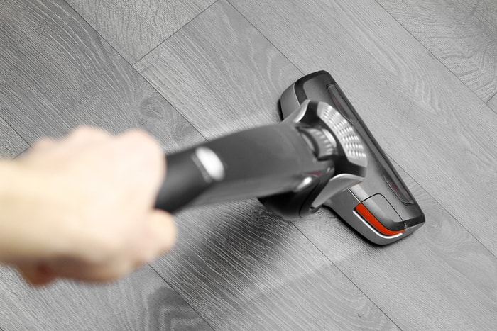 Quiet Cordless Vacuum (Top 5 under 75dB Selected & Buying Guide)